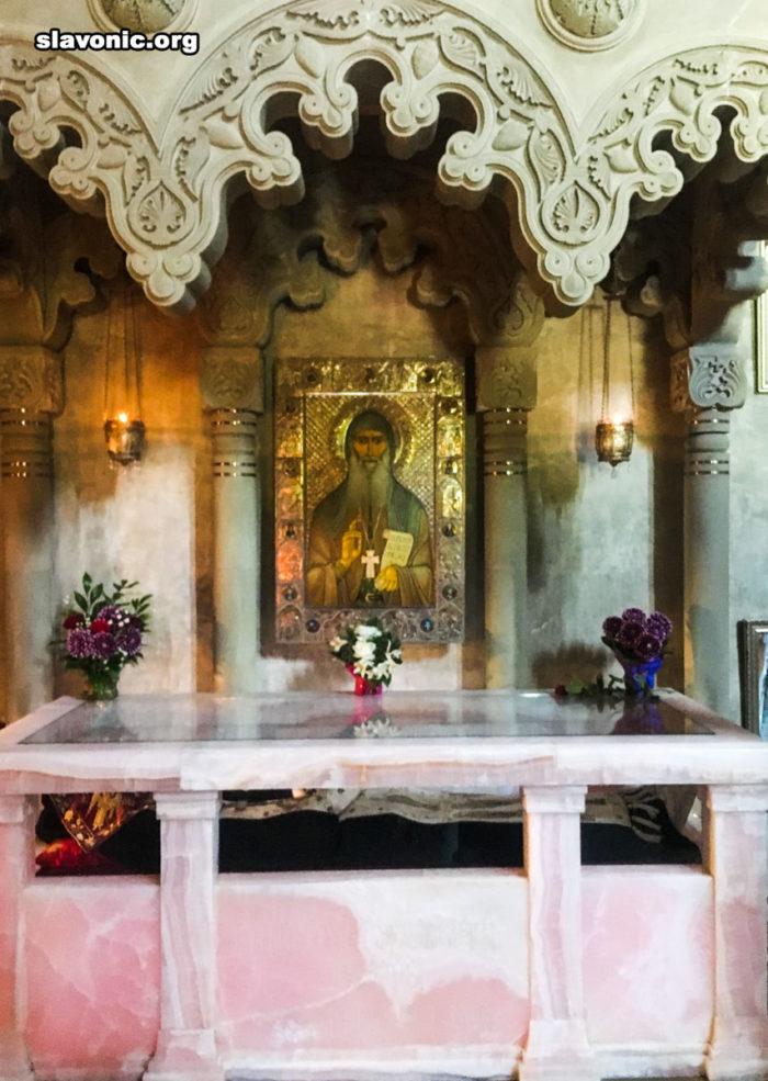 Самтаврийский монастырь. Рака с мощами преподобного Гавриила (Ургебадзе)
