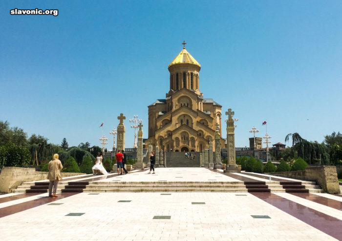 Свято-Троицкий собор (Цминда Самеба) в Тбилиси