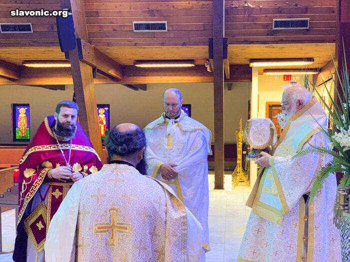 Викарий принял участие в престольном праздник Свято-Андреевской церкви в Майами