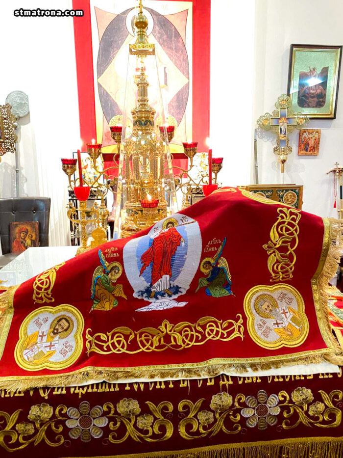 На праздник Пасхи викарий возглавил праздничное богослужение в главном храме Славянского Викариатства